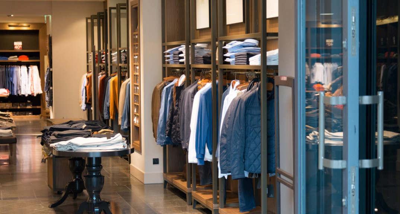 popular clothing brands_meitu_4.jpg